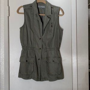 Kenneth Cole green vest